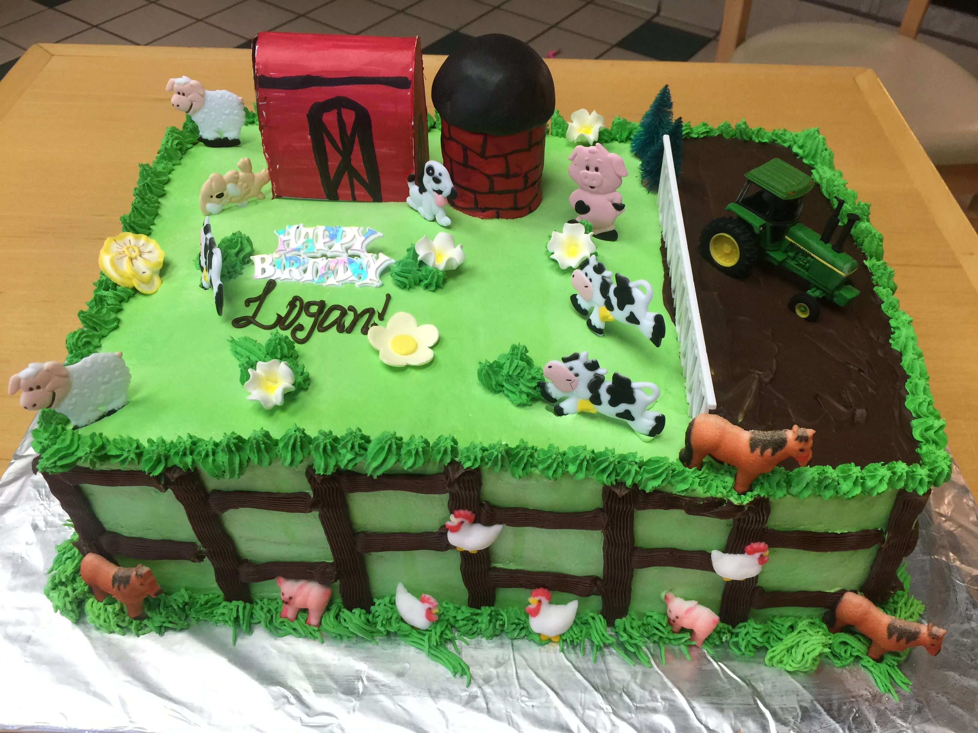 Awesome Barnyard Cake With John Deere Tractor Wild Berries Bakery And Cafe Funny Birthday Cards Online Elaedamsfinfo