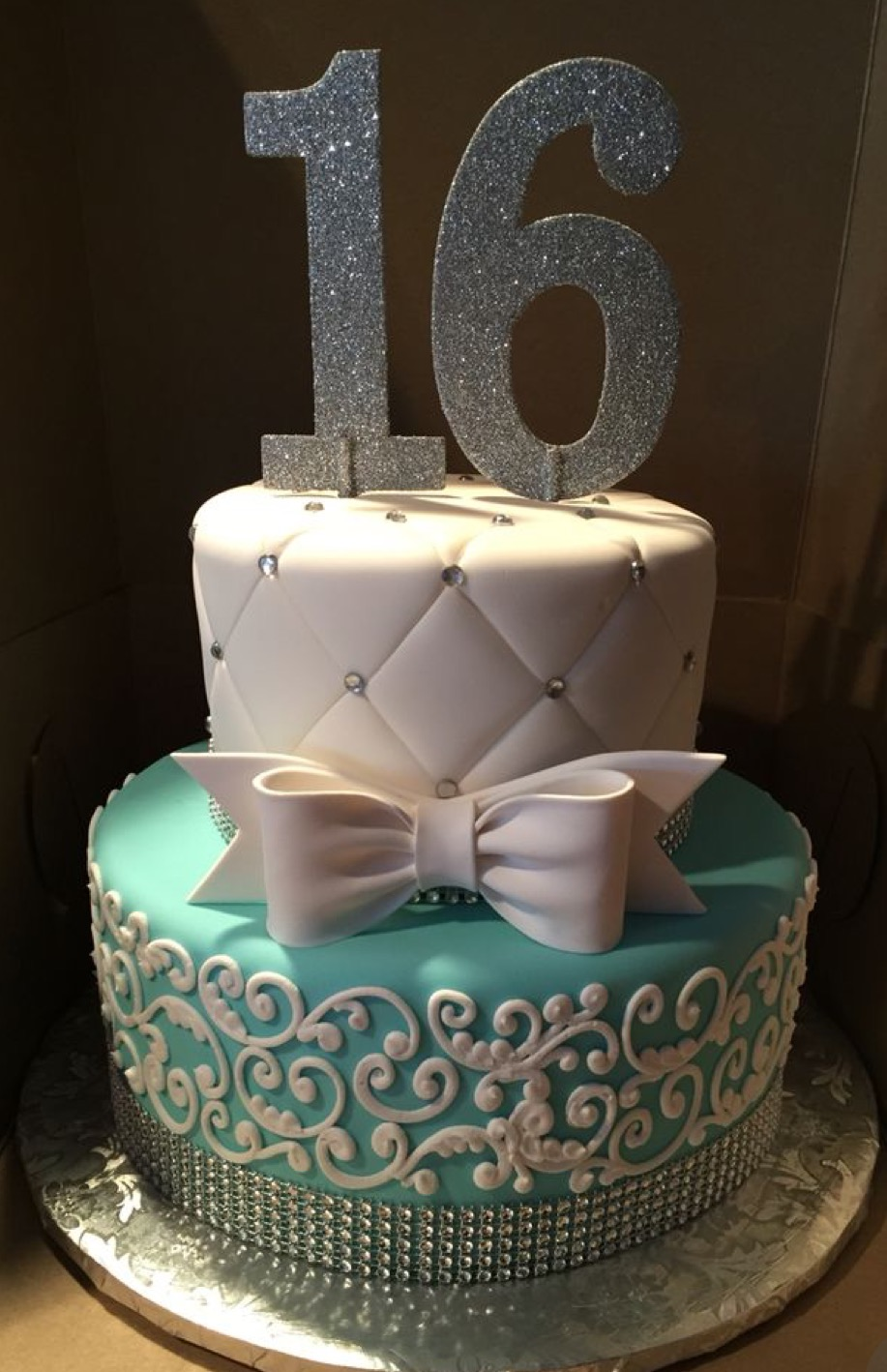 Two Tier Sweet 16 Cake Wild Berries Bakery And Cafe