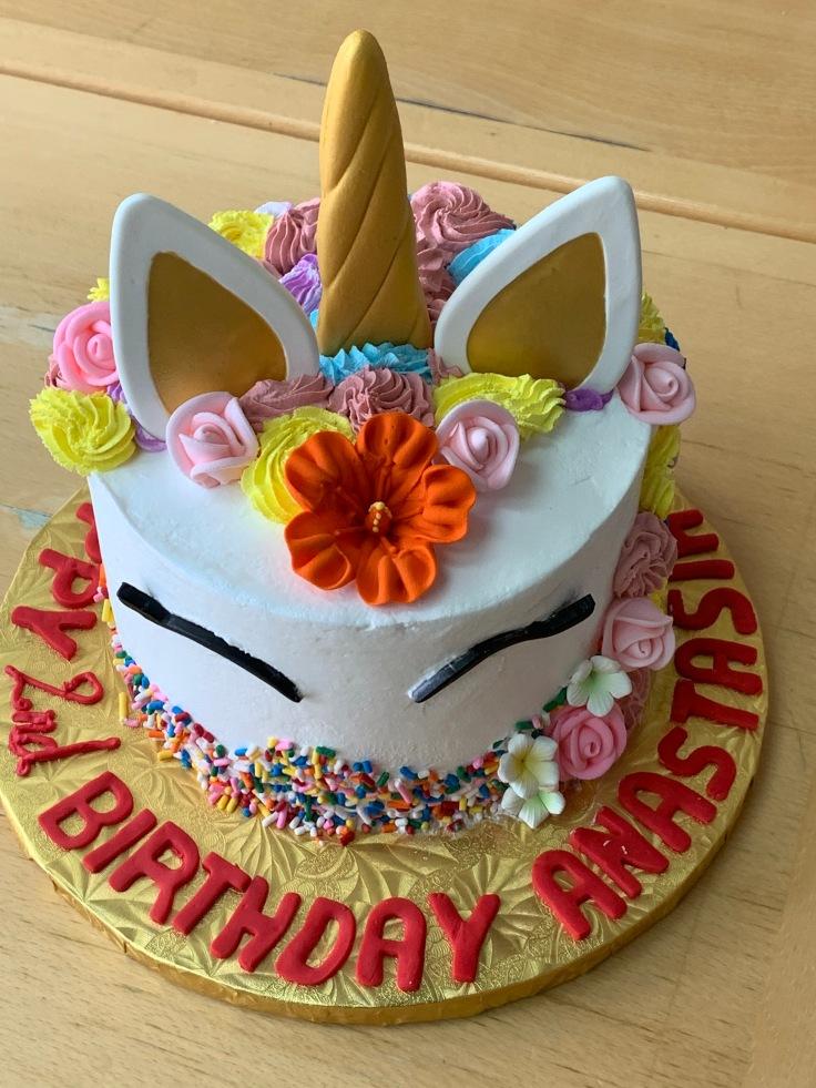 7406 -- Unicorn birthday cake for 2 year old. Pistachio white chocolate cake 2020-037